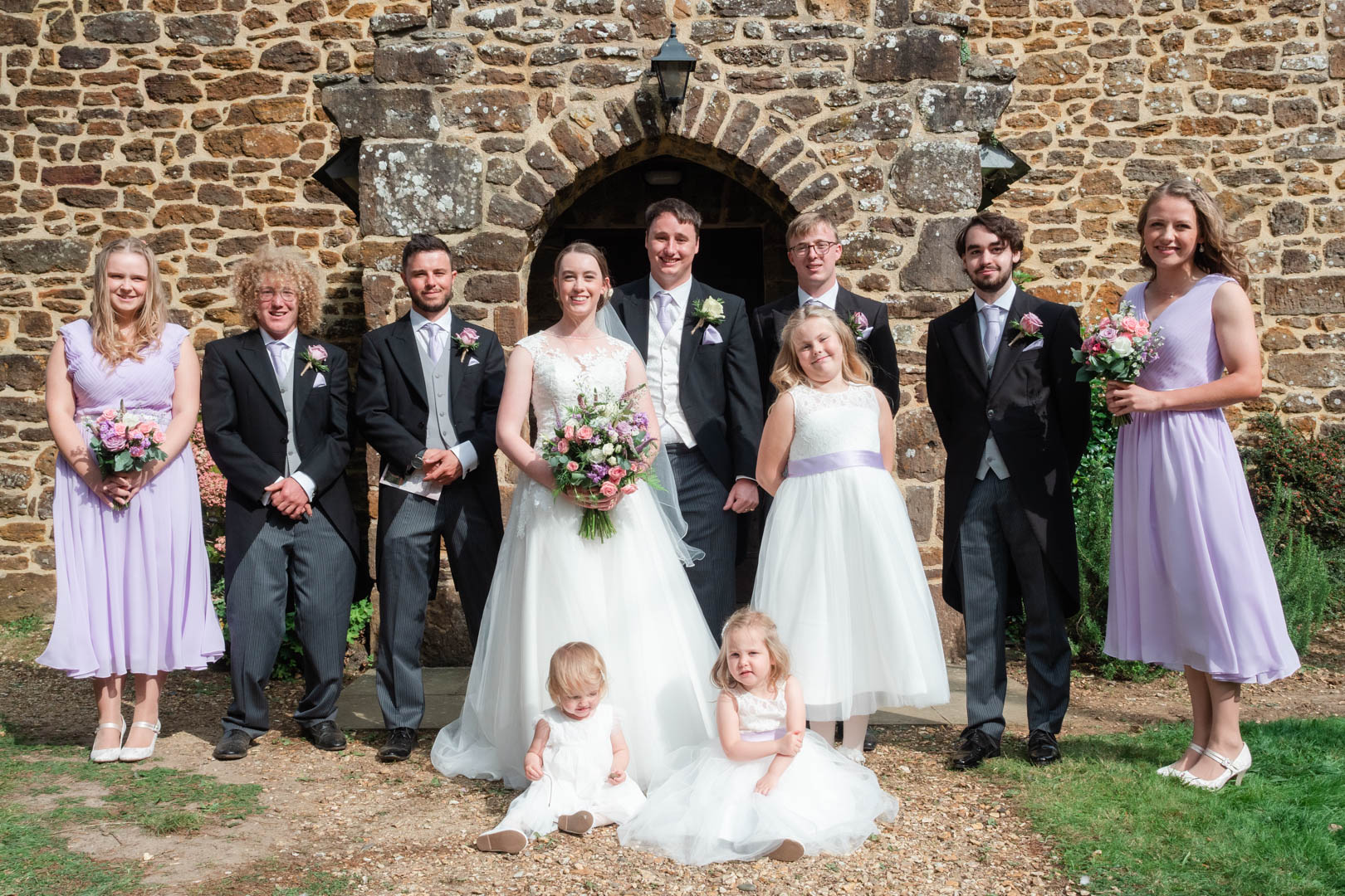 Michaela and Rupert with their bridesmaids and groomsmen